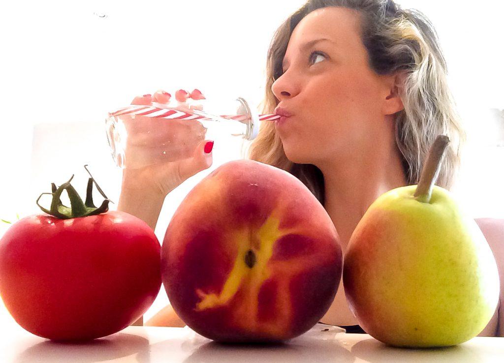 Hidrátate y toma fruta