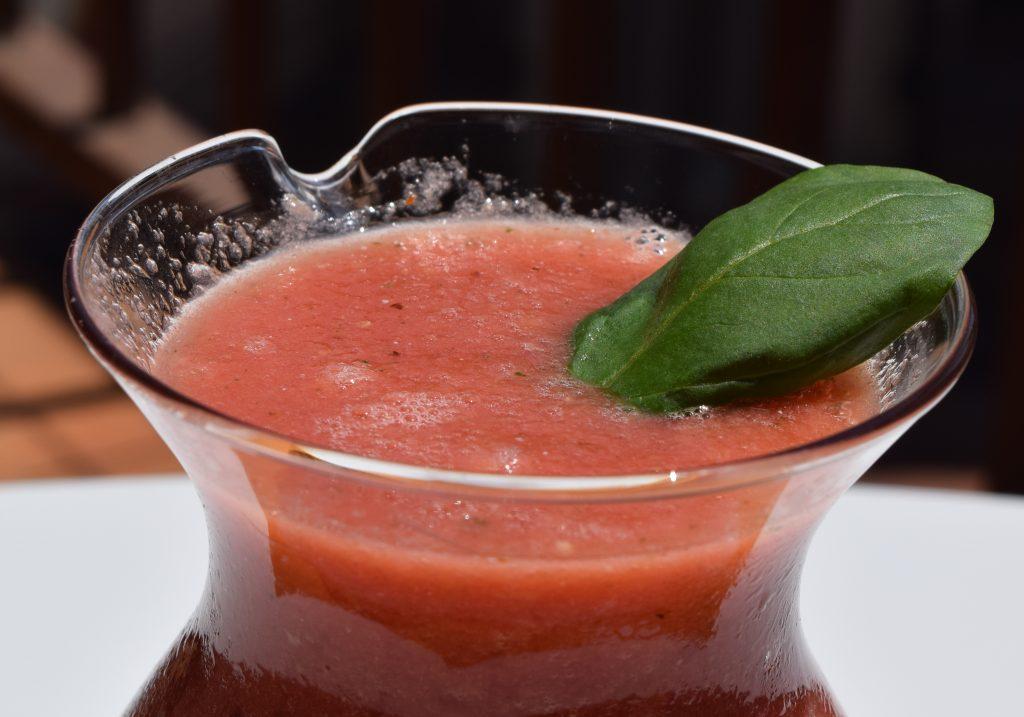 Bebida de tomate y sandía