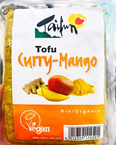 Tofu con sabor a curry y mango de Taifun.