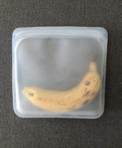 Envase de silicona reutilizable.